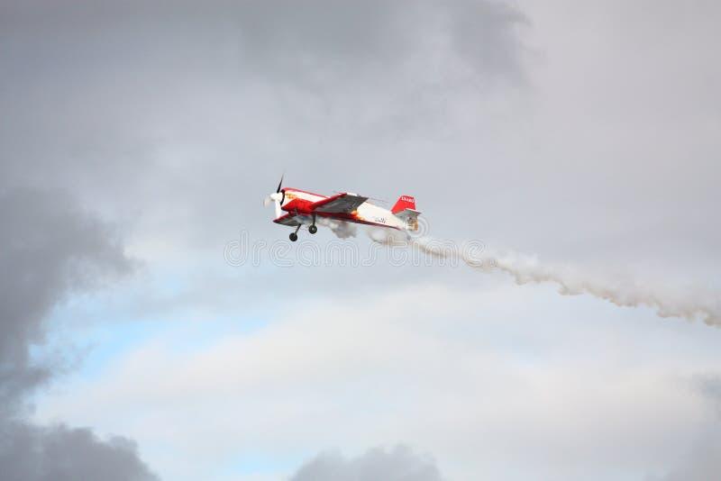 RIGA, LETTONIE - 20 AOÛT : Pilote de Russie Svetlana Kapanina dessus images stock
