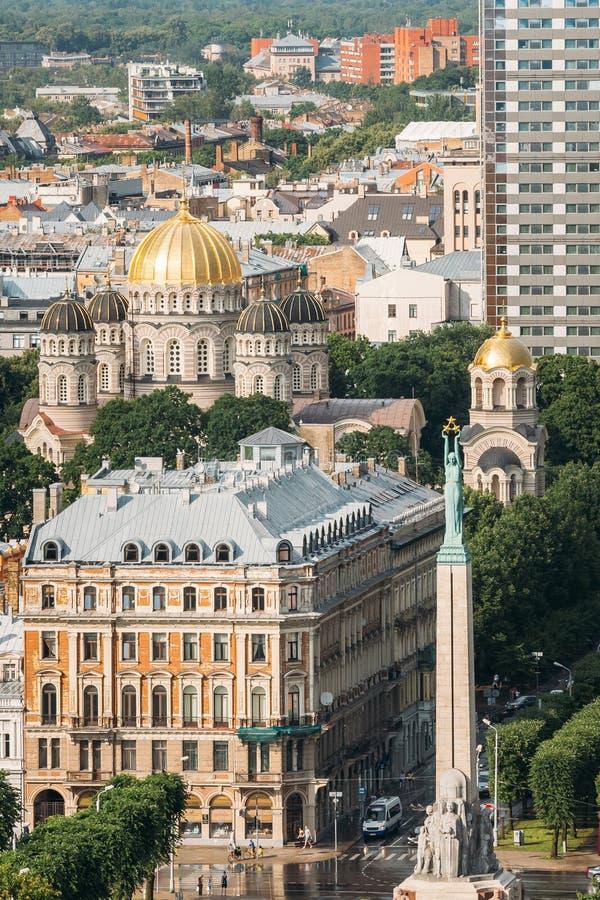 Riga, Lettonie Paysage urbain en Sunny Summer Day Vue supérieure de célèbre photo libre de droits