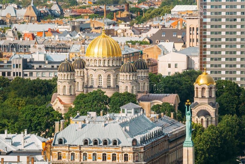 Riga, Lettonie Paysage urbain en Sunny Summer Day Vue supérieure de célèbre image stock