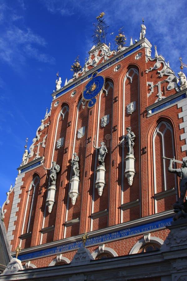 Riga vieja - una de las ciudades más hermosas imagenes de archivo