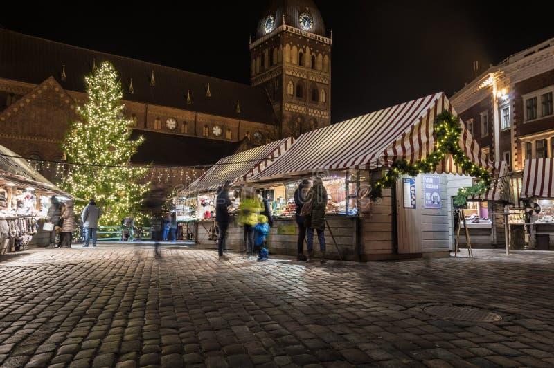 Riga-Weihnachtsmarkt 2018 stockfotos