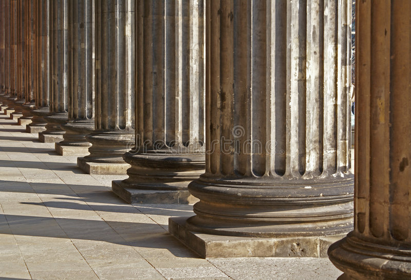 Righe delle colonne greche all'infinità immagini stock libere da diritti