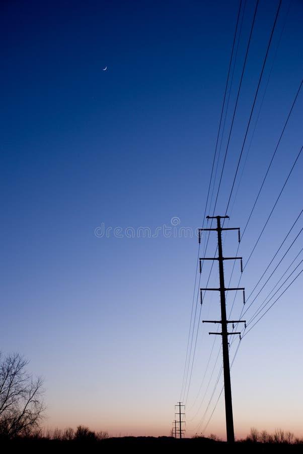Linee elettriche al tramonto Copyspace