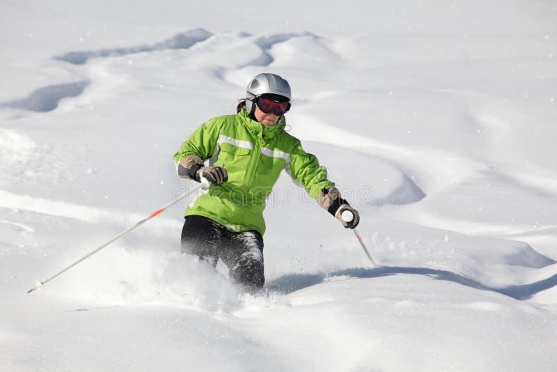 righe nella neve della polvere fotografie stock