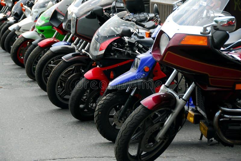 Rij van motocycles stock foto's