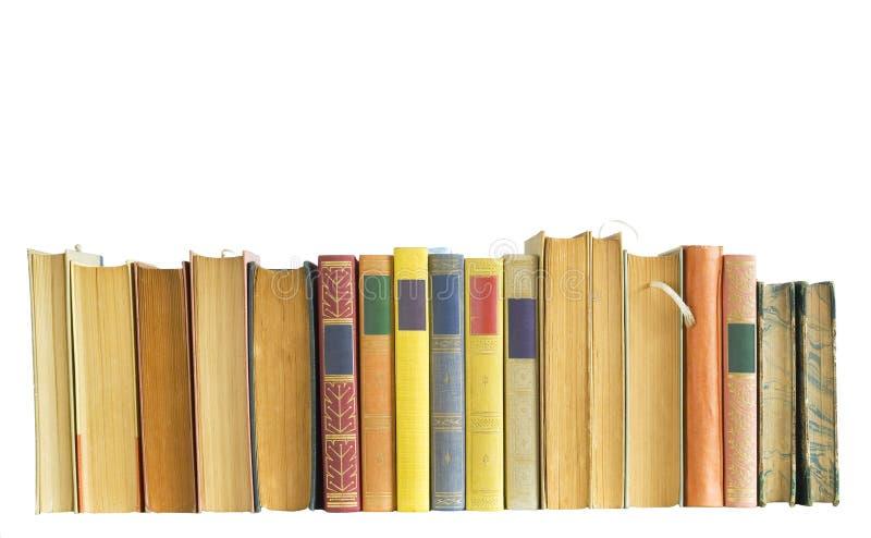 Rij van uitstekende boeken stock fotografie