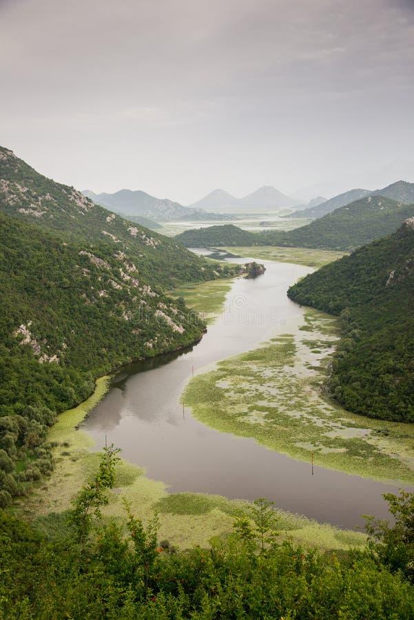 Rijeka Crnojevica, jeziorny Skadar, Montenegro fotografia stock