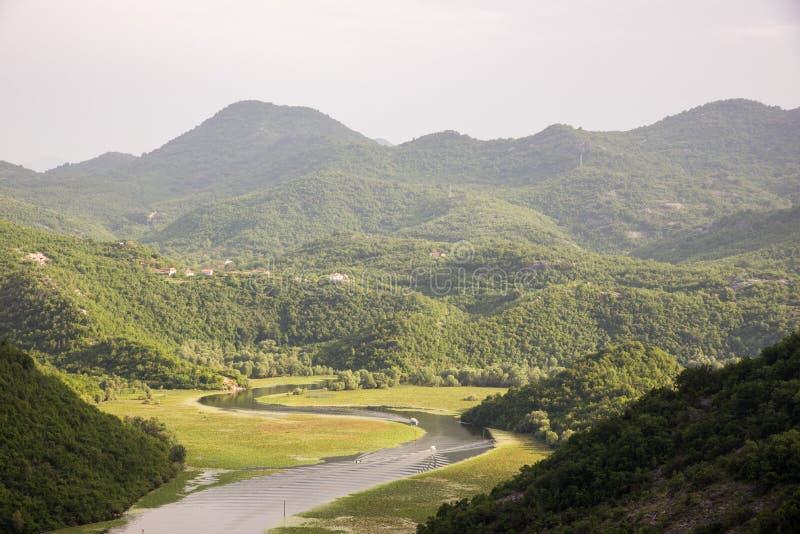 Rijeka Crnojevica, jeziorny Skadar, Montenegro zdjęcie stock