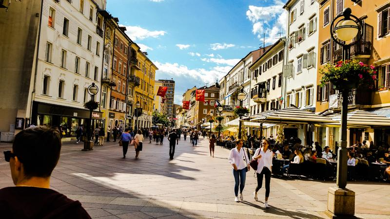 Rijeka stadsKroatien arkivfoto