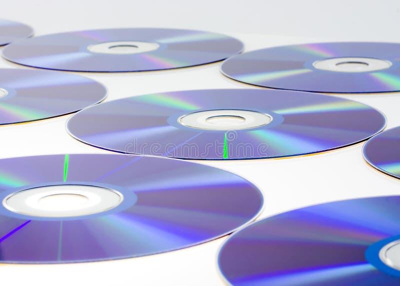 Rijen van CDs stock afbeeldingen