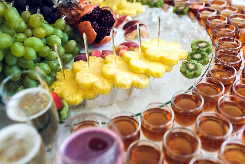 Rijk buffet stock foto