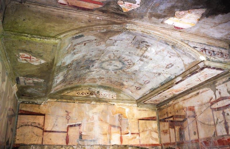 Rijk geschilderd binnenland - II - Herculaneum - Italië stock foto