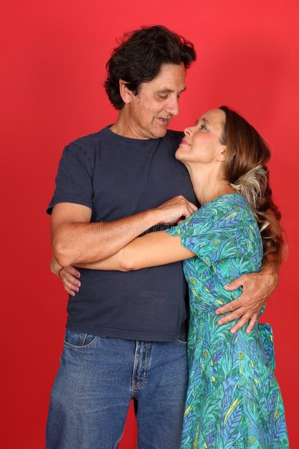 Rijp echtpaar in liefde stock foto