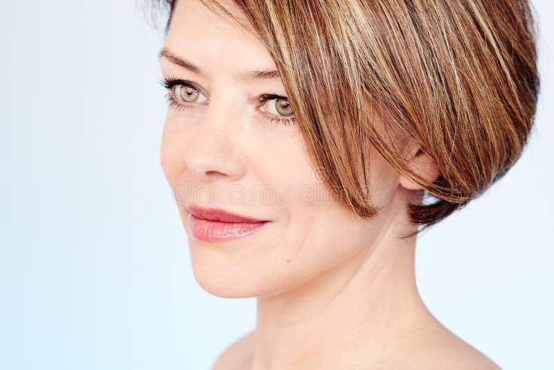 Rijp vrouwengezicht royalty-vrije stock afbeelding