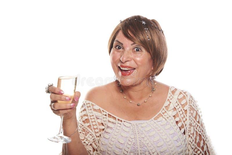 Rijpe dame met glas stock fotografie