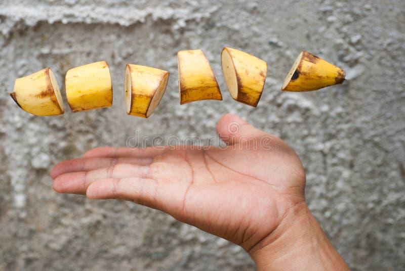 Download Rijpe Die Banaan In Plakken Wordt Gesneden Stock Foto - Afbeelding bestaande uit stukken, achtergrond: 39105112