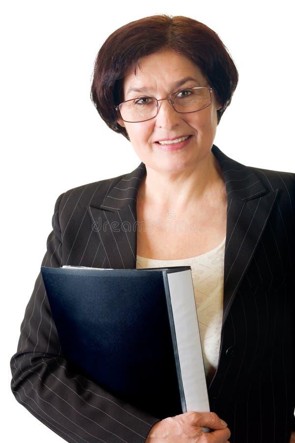 Rijpe glimlachende gelukkige vrouw stock afbeelding