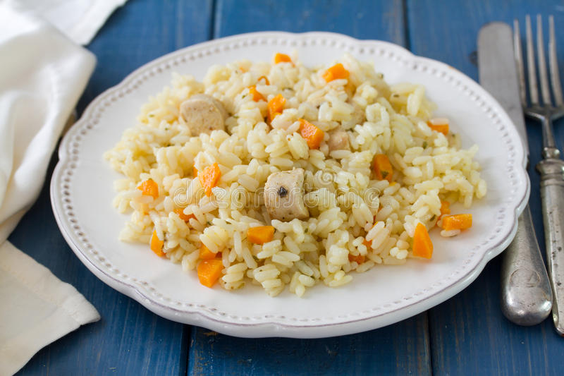 Rijst met vlees en wortel stock fotografie