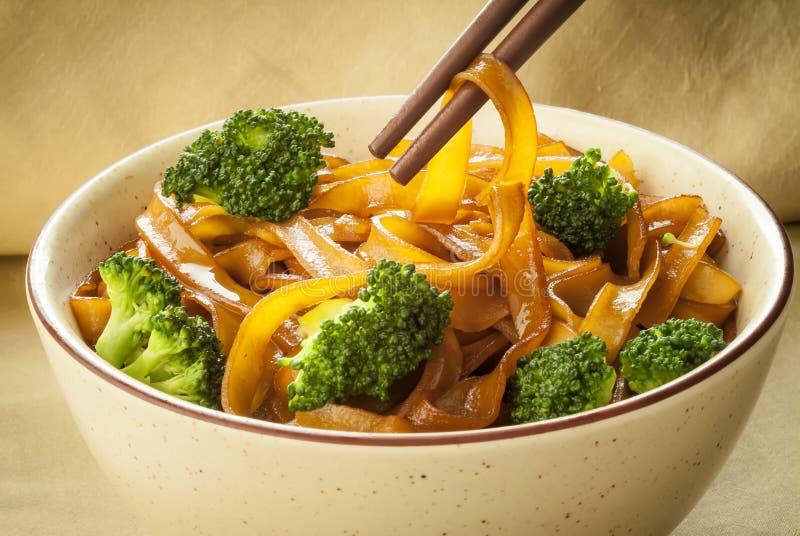 Rijstnoedels met Broccoli royalty-vrije stock afbeelding