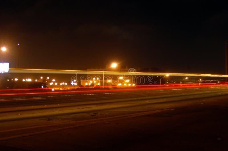 Download Rijweg stock foto. Afbeelding bestaande uit lichten, auto - 33274