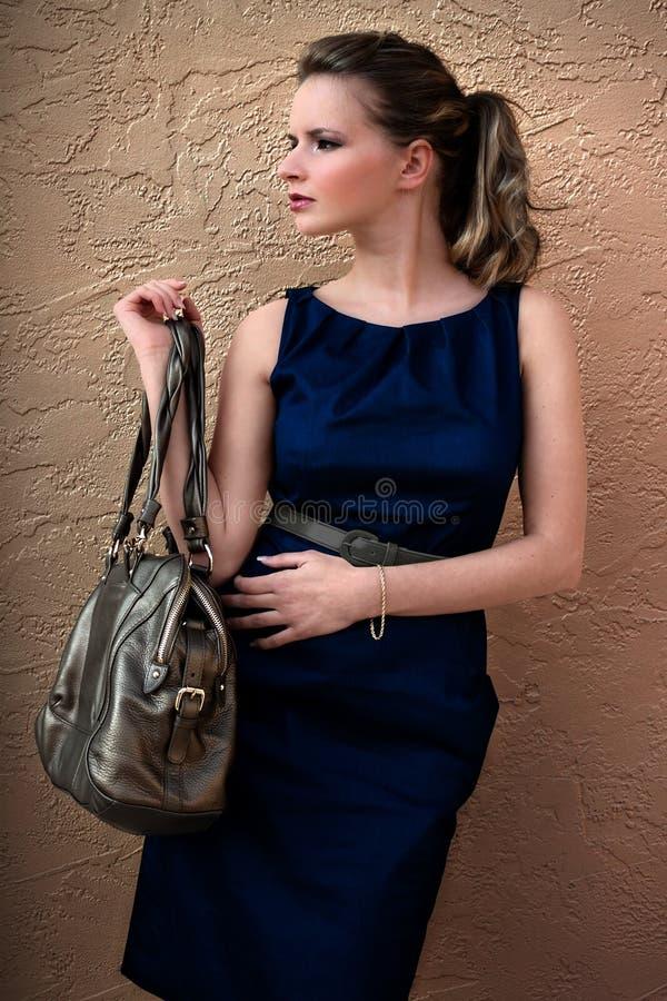 Rik modekvinna royaltyfri fotografi