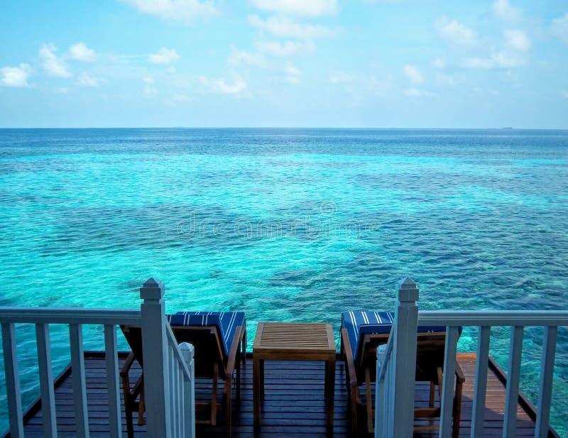 Rilassamento qui alle Maldive fotografia stock