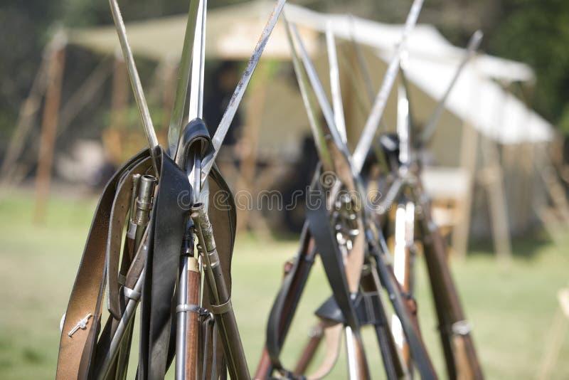 Rimessa in vigore 32 di guerra civile dell'HB - pistole impilate fotografie stock