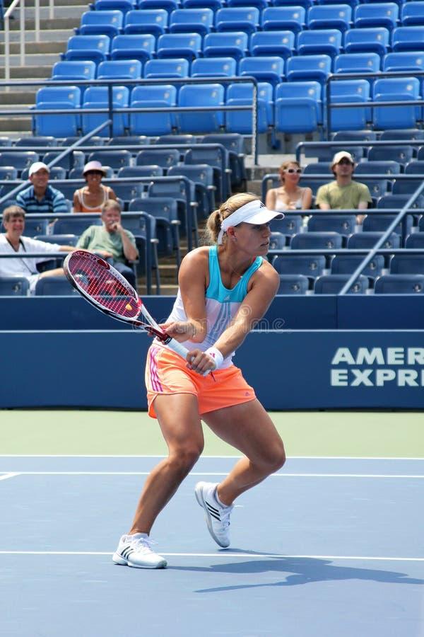 Le joueur de tennis professionnel Angelique Kerber pratique pour l'US Open photos libres de droits