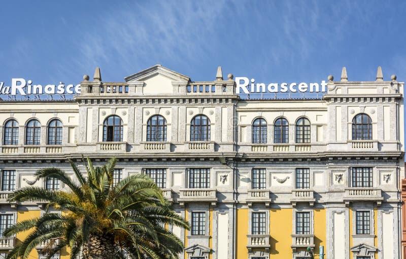 Rinascente centrum handlowego pałac w głównej ulicie zdjęcie royalty free