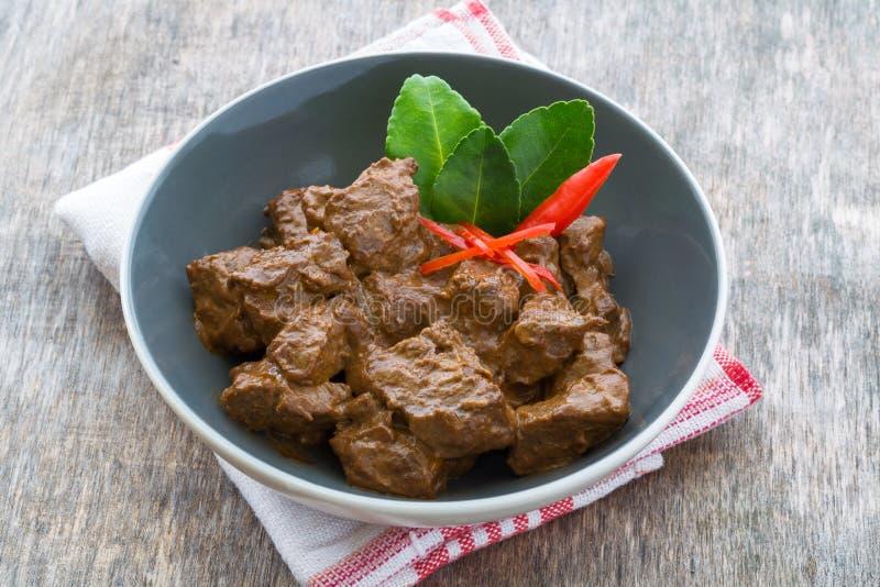 Rindfleisch Rendang, indonesisches Lebensmittel lizenzfreies stockbild