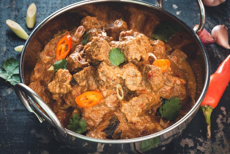 Rindfleisch Rendang, Traditionnal-Indonesier-Lebensmittel stockfotos