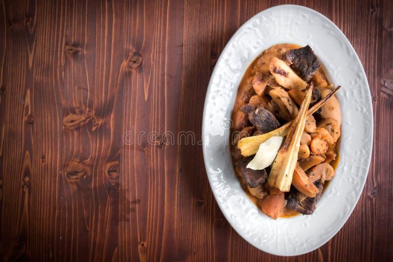 Rindfleisch und Kartoffeln stockfoto