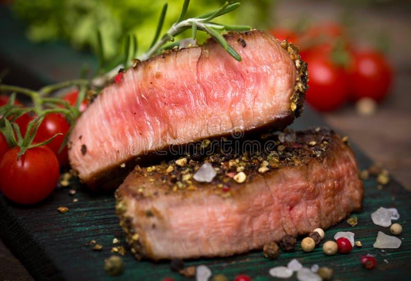 Rindfleischsteak stockfotos