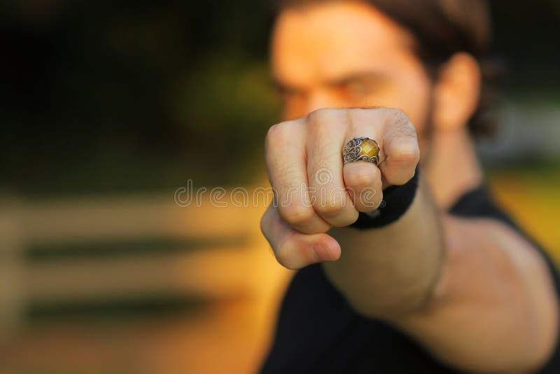 Ring op hand royalty-vrije stock afbeeldingen