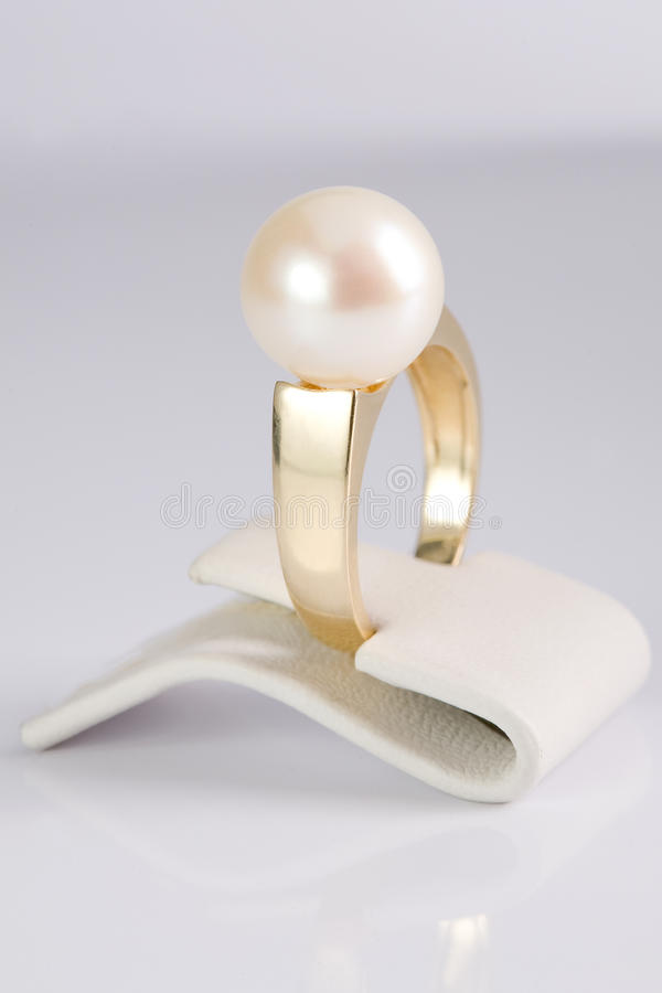 Download Ring With Pearl Stock Photo - Image: 18080070