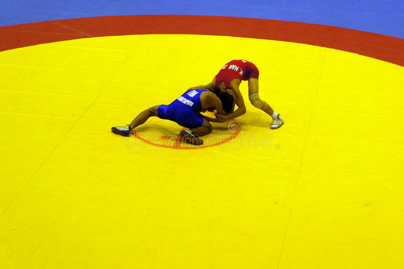Ringende Meisterschaft 2011 des asiatischen jüngsteren Sohns lizenzfreie stockfotos