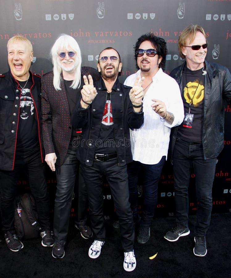Ringo Starr, Edgar Winter, Steve Lukather, Gregg Bissonette en Richard Page royalty-vrije stock afbeelding
