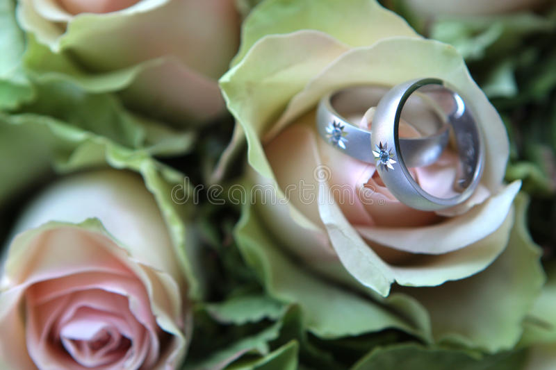 Download Rings On Bouquet Royalty Free Stock Photos - Image: 12784148