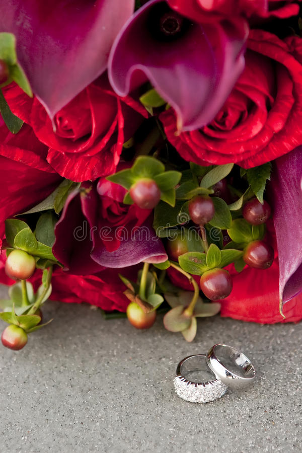 Rings and roses royalty free stock photo