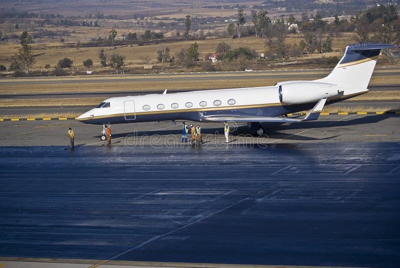 Rinnovamenti del catrame dell'aeroporto fotografia stock libera da diritti