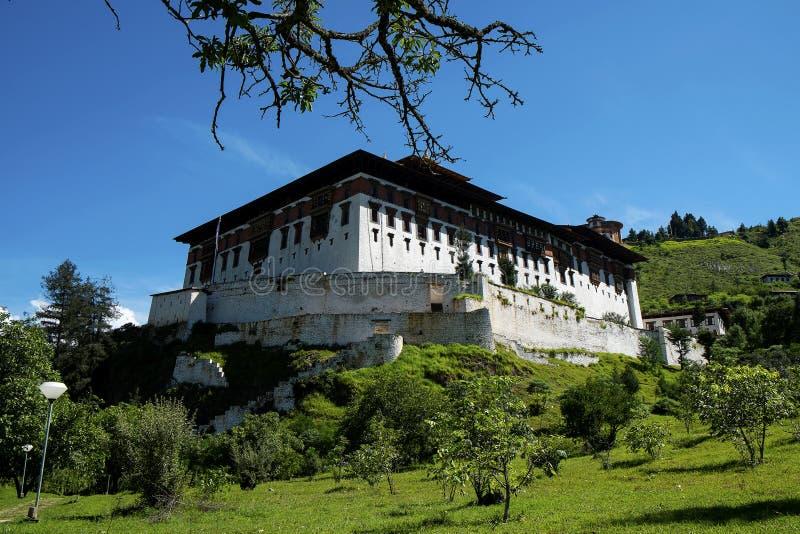 Rinpung Dzong i Bhutan royaltyfria foton