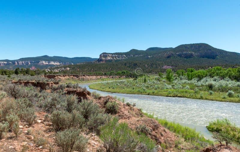 Rio Chama dichtbij Abiquiú, New Mexico royalty-vrije stock foto