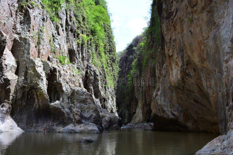 Rio Coco-rivier en de Somoto-Canion, Nicaragua stock afbeelding