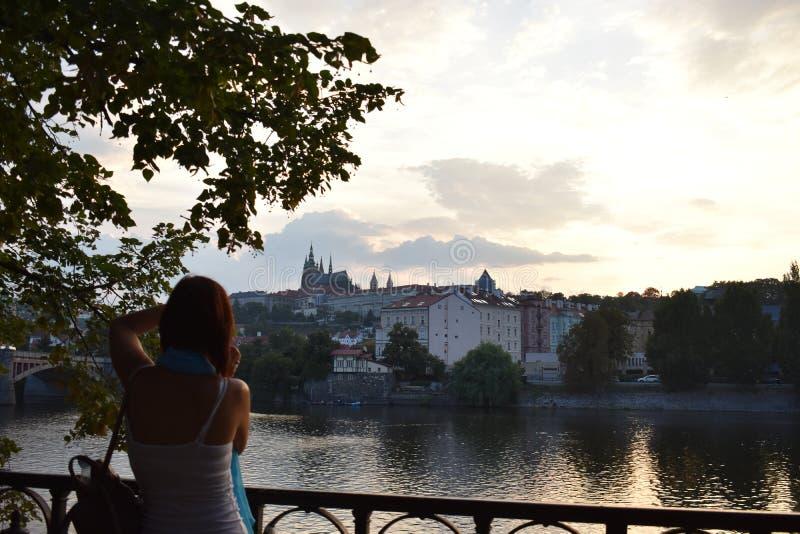 Rio da cidade de Praga imagens de stock royalty free