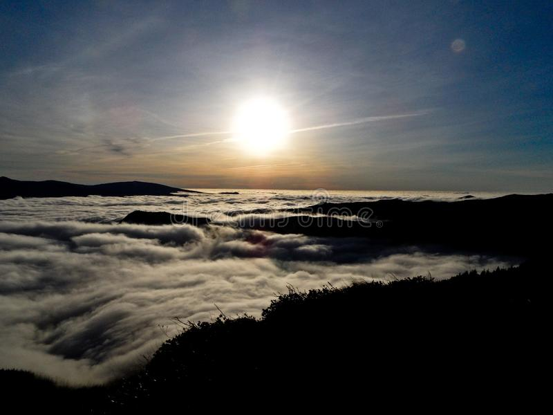 Rio da nuvem fotografia de stock royalty free