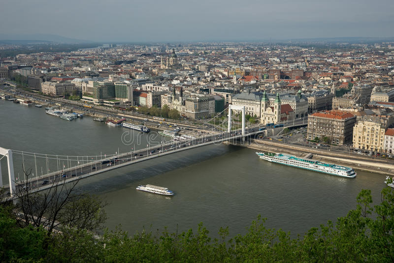 Rio Danúbio em Budapest Hungria 10 foto de stock royalty free