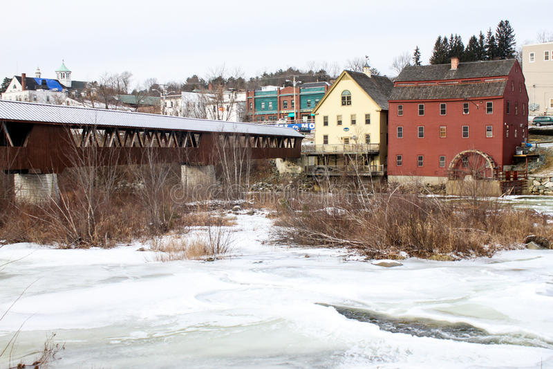 Rio de Ammonoosuc em Littleton, NH imagem de stock