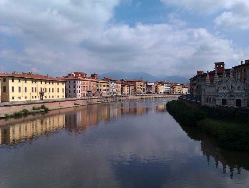 Rio de Arna em Pisa Itália foto de stock royalty free