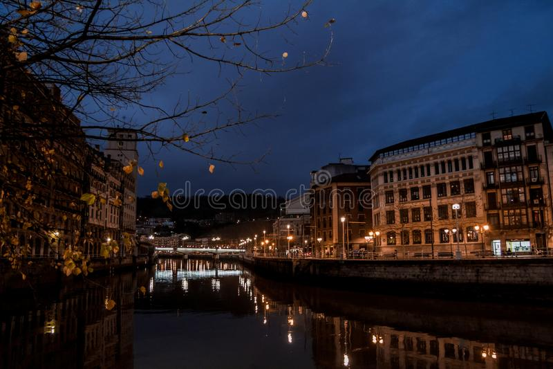 Rio de Bilbao imagens de stock royalty free
