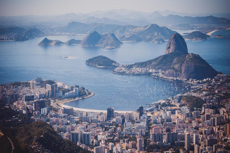 Rio de Janeiro, el Brasil Pan y Botafogo franco visto playa de Suggar fotos de archivo libres de regalías